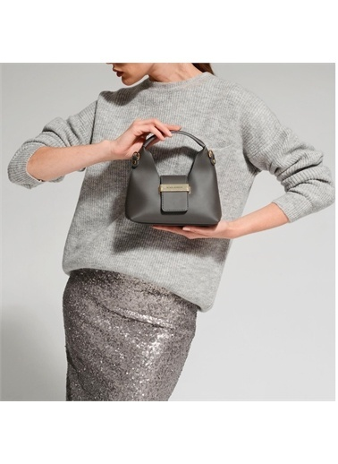Black Ribbon Aksesuar Detaylı Askılı Mini Çanta Gri